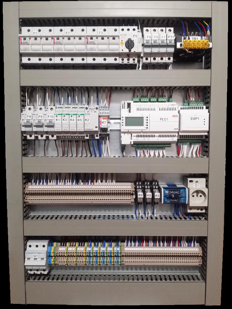 Prefabrykacja rozdzielnic automatyki Szafa automatyki: sterowanie wentylacji mechanicznej oraz systemu zmiennego przepływu