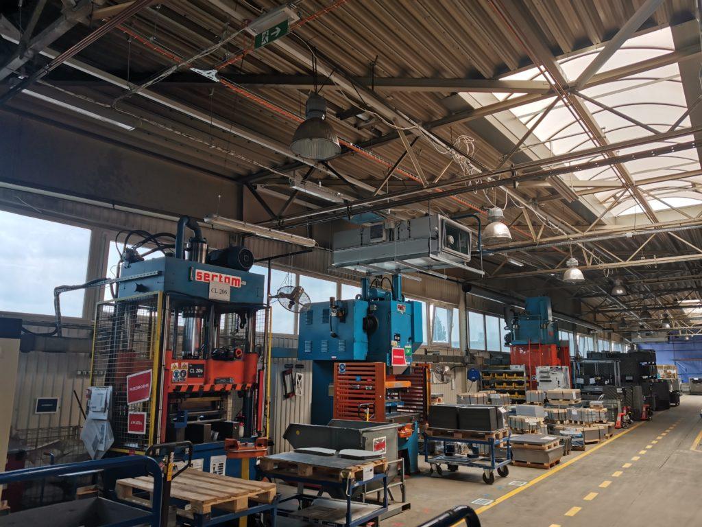 Hala przemysłowa wentylacja. Automatyka HVAC