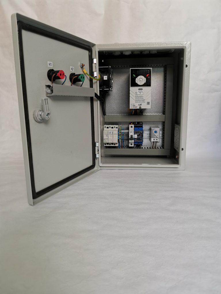Prefabrykacja szafki sterującej. Automatyka HVAC