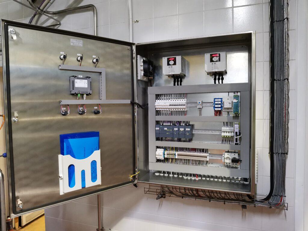 Montaż rozdzielnic automatyki prefabrykacja MaxSter Automatyka